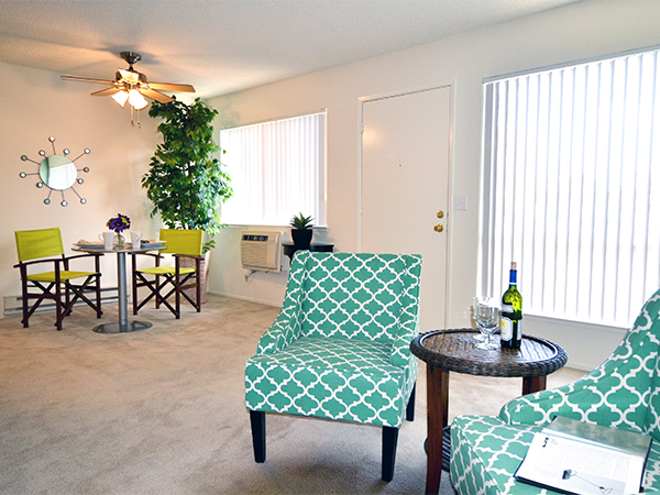 Meridian Apartments San Jose - Living Rooms